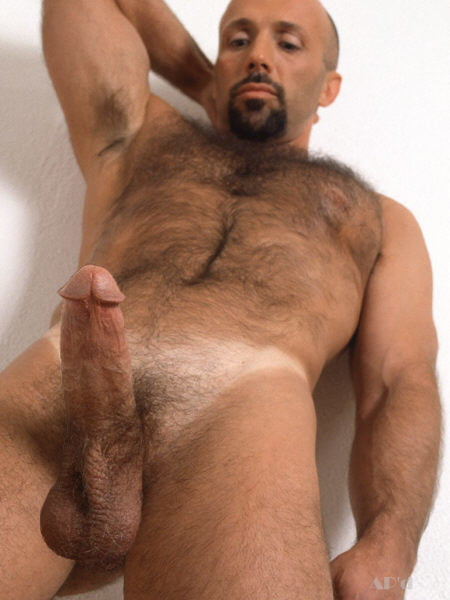 hairy hunk showing is big cock